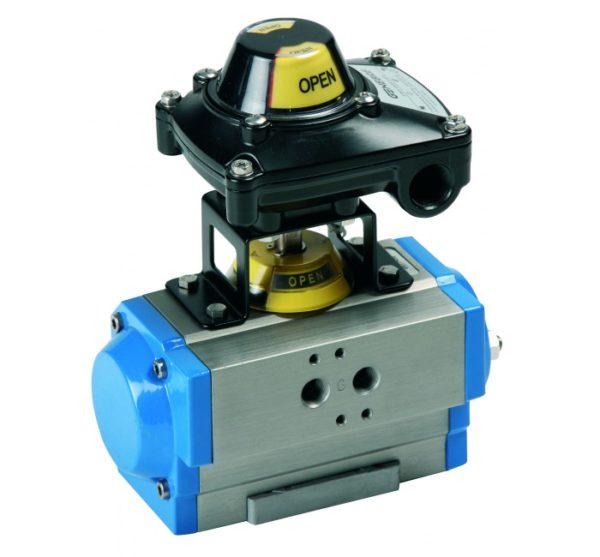 """Caja Final de Carrera con 2 Detectores Inductivos """"P + F"""" NCB2-V3-N0 para Actuadores Neumáticos. Ref. 5987 08"""